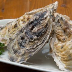 3 Grilled Oysters: ¥1,000