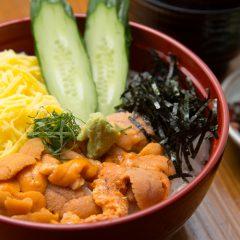 Sea Urchin Rice Bowl with Nagisa Soup: ¥2,900